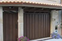Puerta de garaje en Segovia