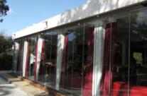 Cerramiento exterior de cristal para hostelería